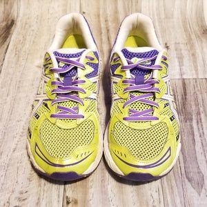 Asice Womens Gel Phoenix  T273N Size 8 Runnin Shoe